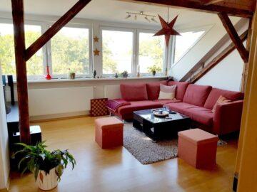 Über den Dächern von Frohnhausen – gemütliche DG Wohnung 45145 Essen, Dachgeschosswohnung