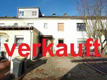 Provisionsfrei mit Stellplatz! Ausbaufähiges Reihenhaus Nähe Baldeneysee! 45259 Essen, Reihenhaus